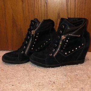 GUESS wedge booties 9.5